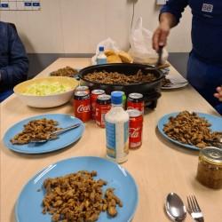 Dag 4086: Eten op het werk